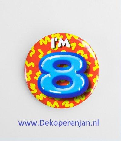 8 jaar button