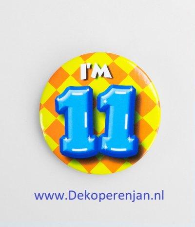 11 jaar button