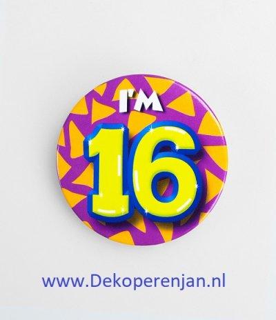 16 jaar button