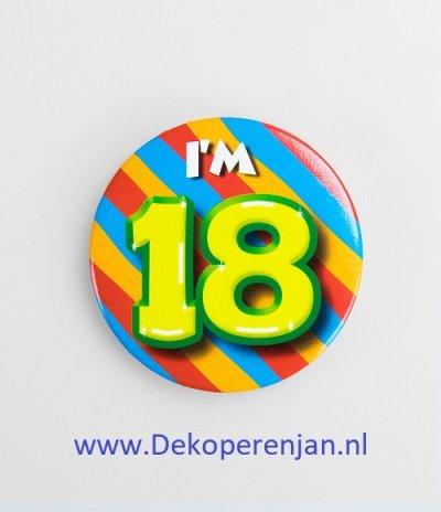 18 jaar button