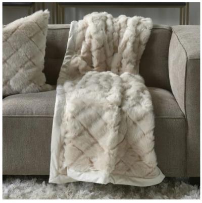 Diamond Stitch Faux Fur Throw beige 170x130