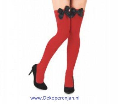 Rode kousen met zwarte strik