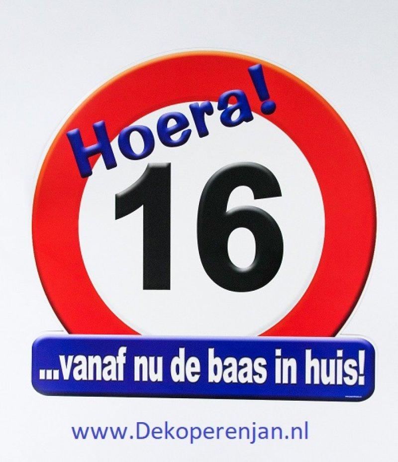 hoera 16 verkeersbord