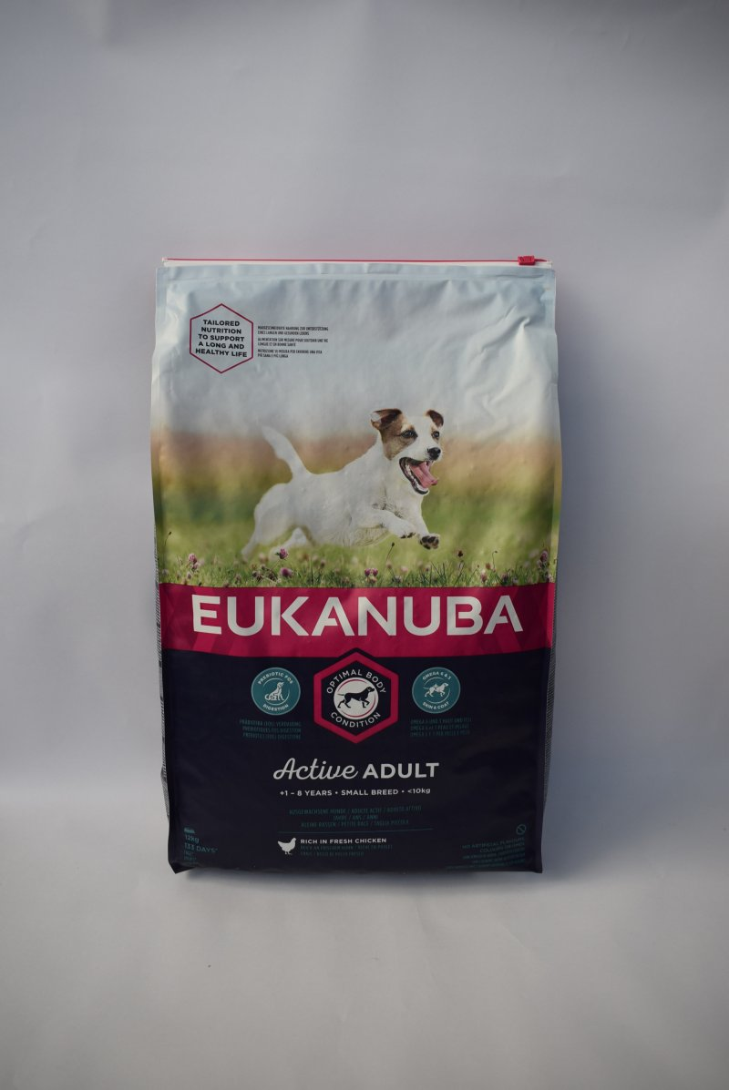 Eukanuba small adult kip