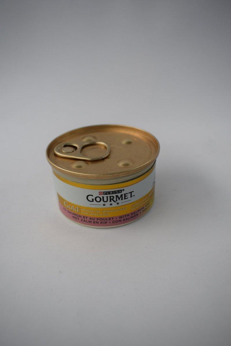 Gourmet gold hapjes in saus zalm en kip